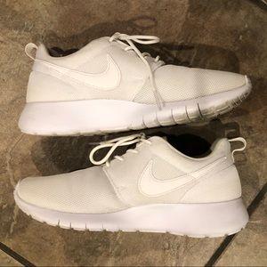 Nike Roshe Sz 6.5Y